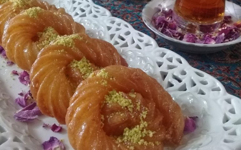 طرز تهیه بامیه دارچینی ترکی