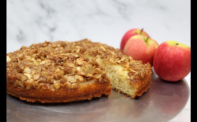 طرز تهیه کیک کرامبل سیب