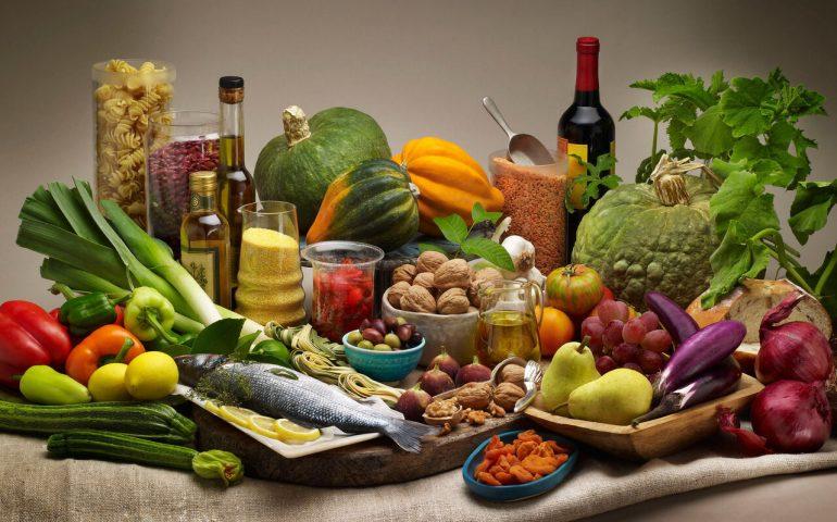 نقش تغذیه در سلامتی و رشد بدن