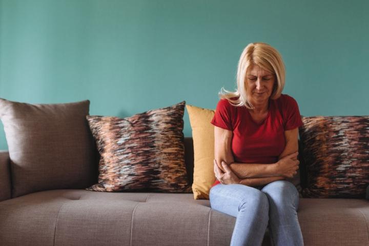 علائم اولیه سرطان معده و تشخیص آن