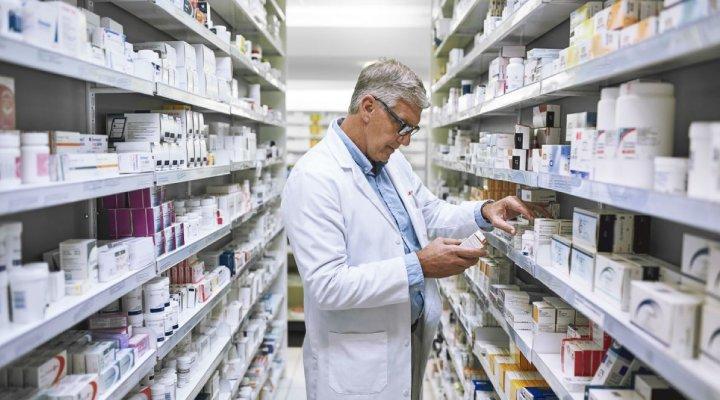 عوارض مصرف داروی تاریخ گذشته